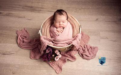 Sesiones de fotos de recién nacido en Figueres (Girona)