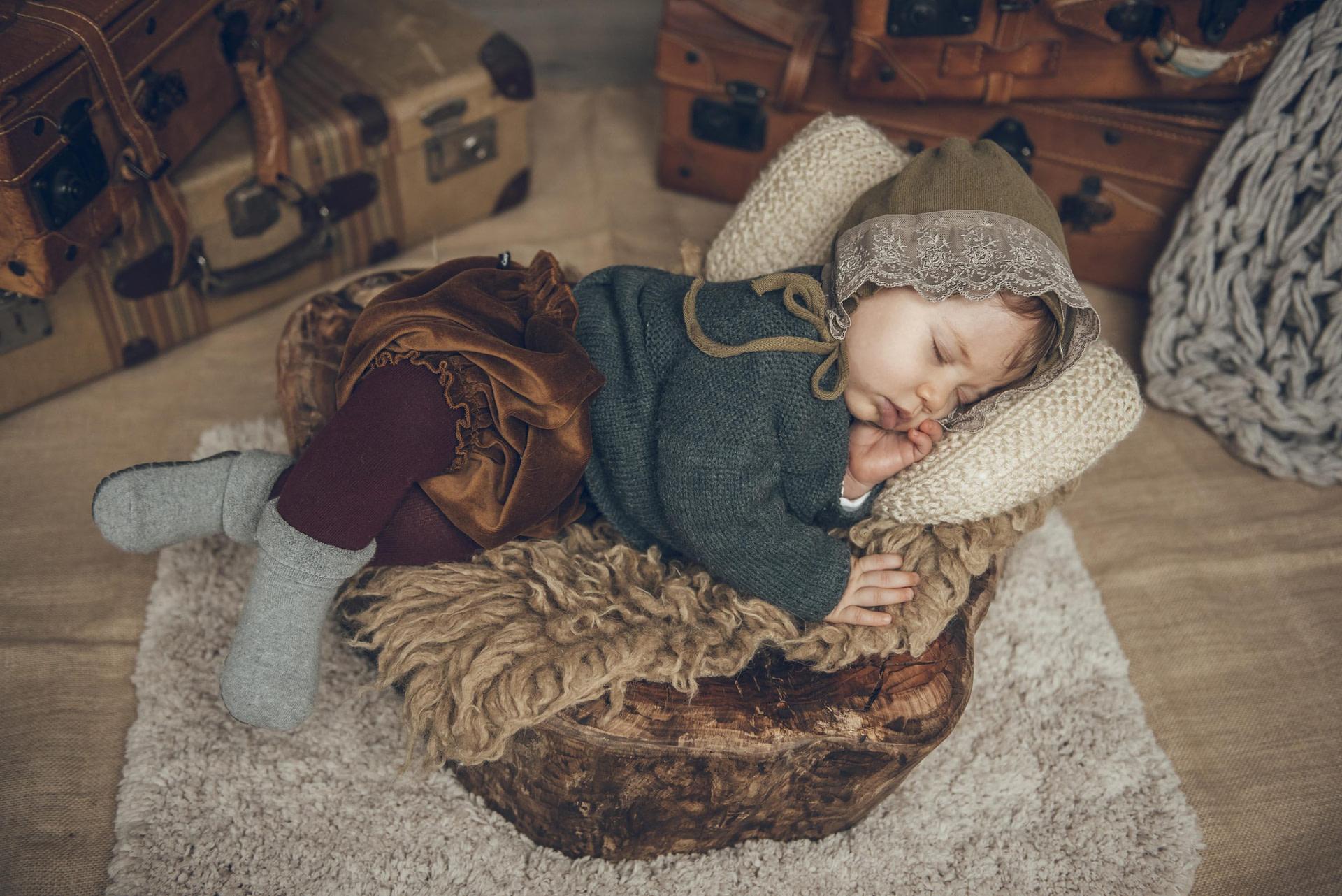 fotografia-fotos-girona-figueres-emporda-monica-quintana-niños-niñas-familia-retrato-verano-ideas-fotos familiares 3
