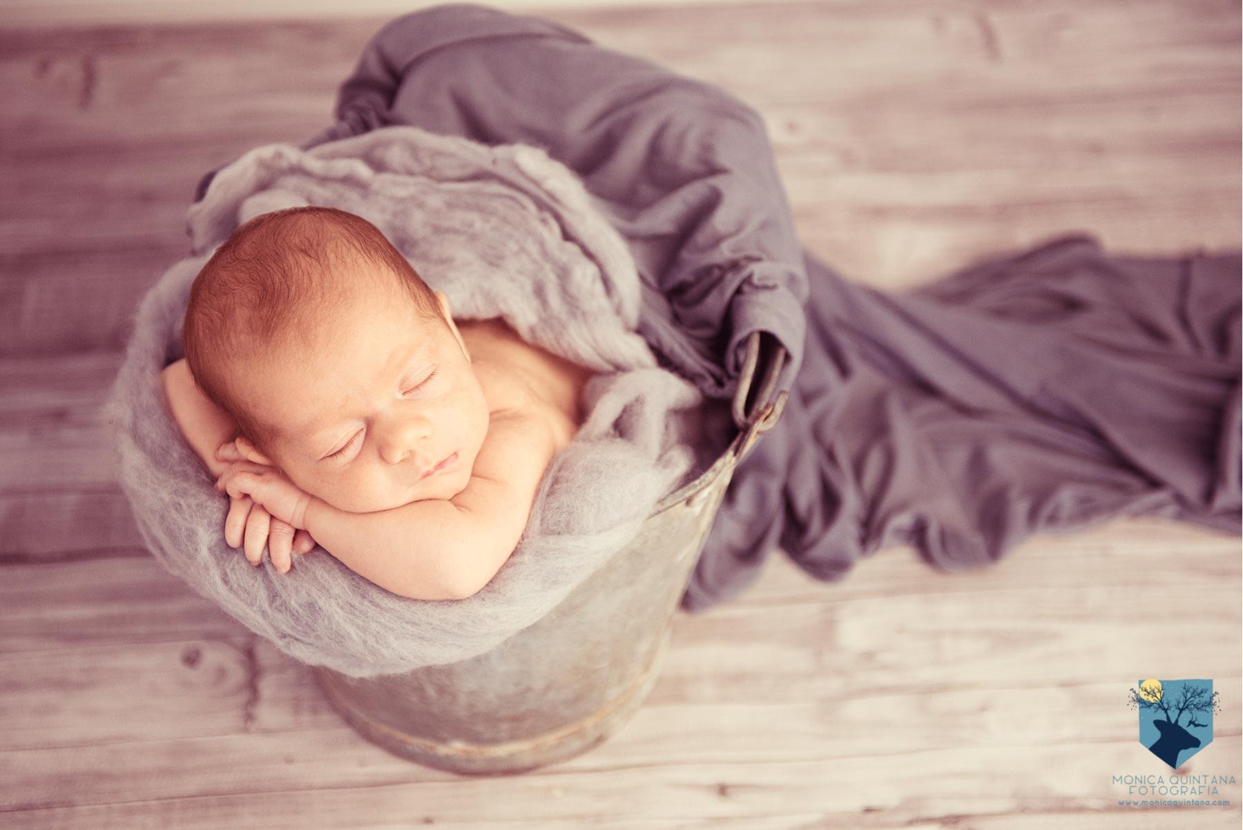 fotos de recién nacido en Figueres Girona estudio de fotografia