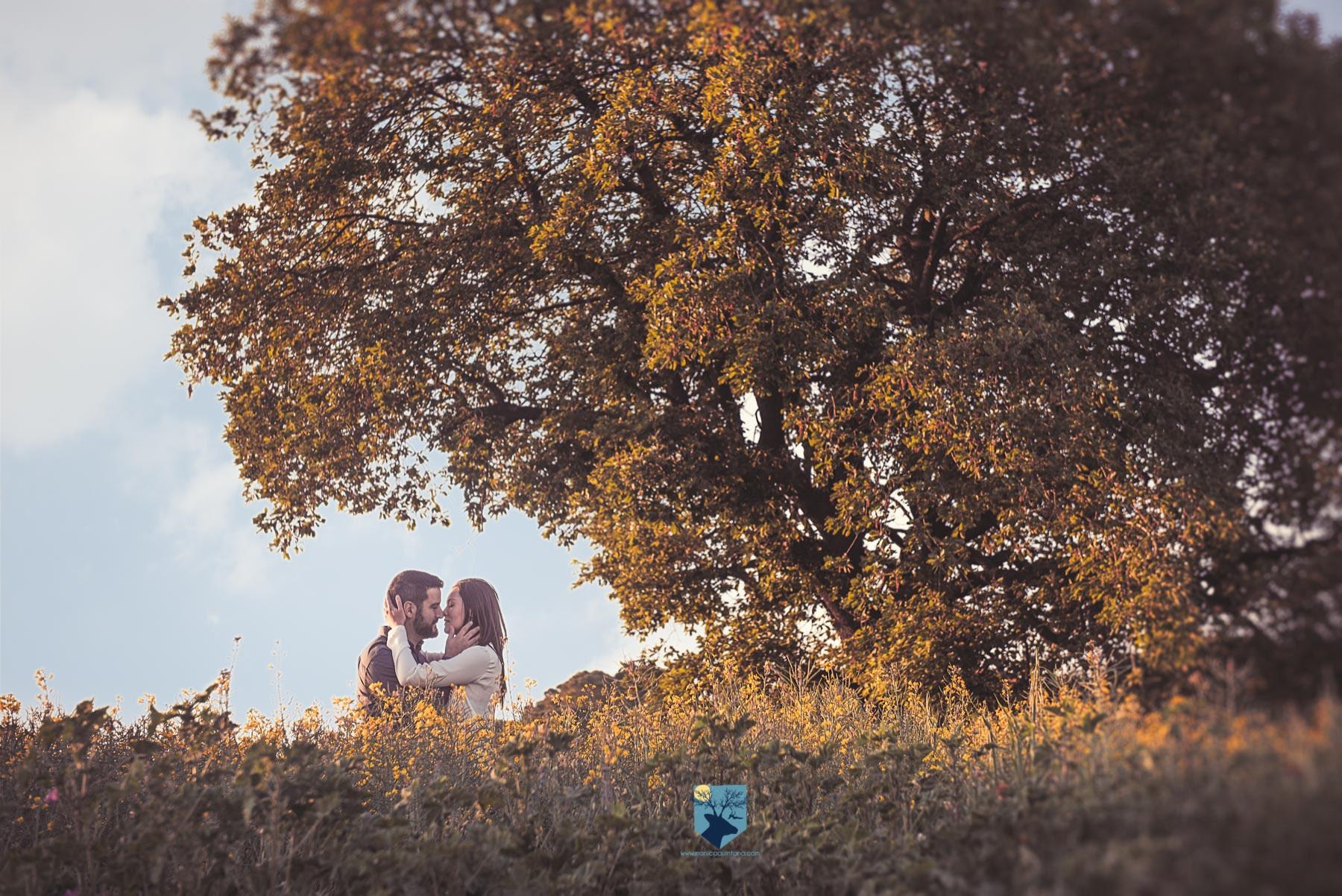 fotografia-girona-figueres-emporda-monica-quintana-retrato-book-pareja-8