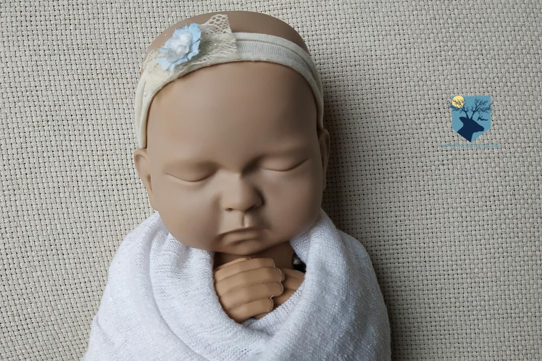 fotografia-fotos-girona-figueres-emporda-monica-quintana-bebes-recien nacido-newborn-tutorial-fotos en casa-quedate en casa-covid-coronavirus-5
