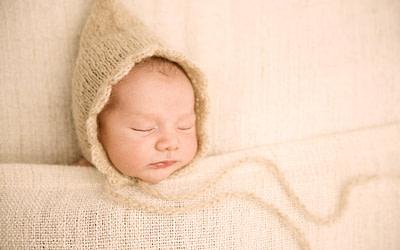 Julen, fotos newborn en Figueres (Girona)