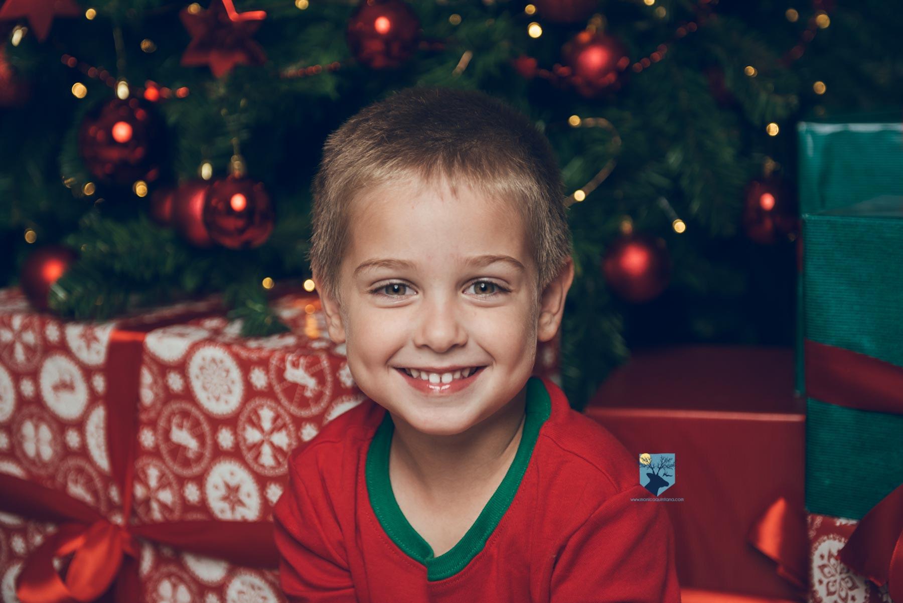 fotografia, fotos, girona, figueres, emporda, monica quintana, niños, niña, retrato. estudio, navidad, nadal