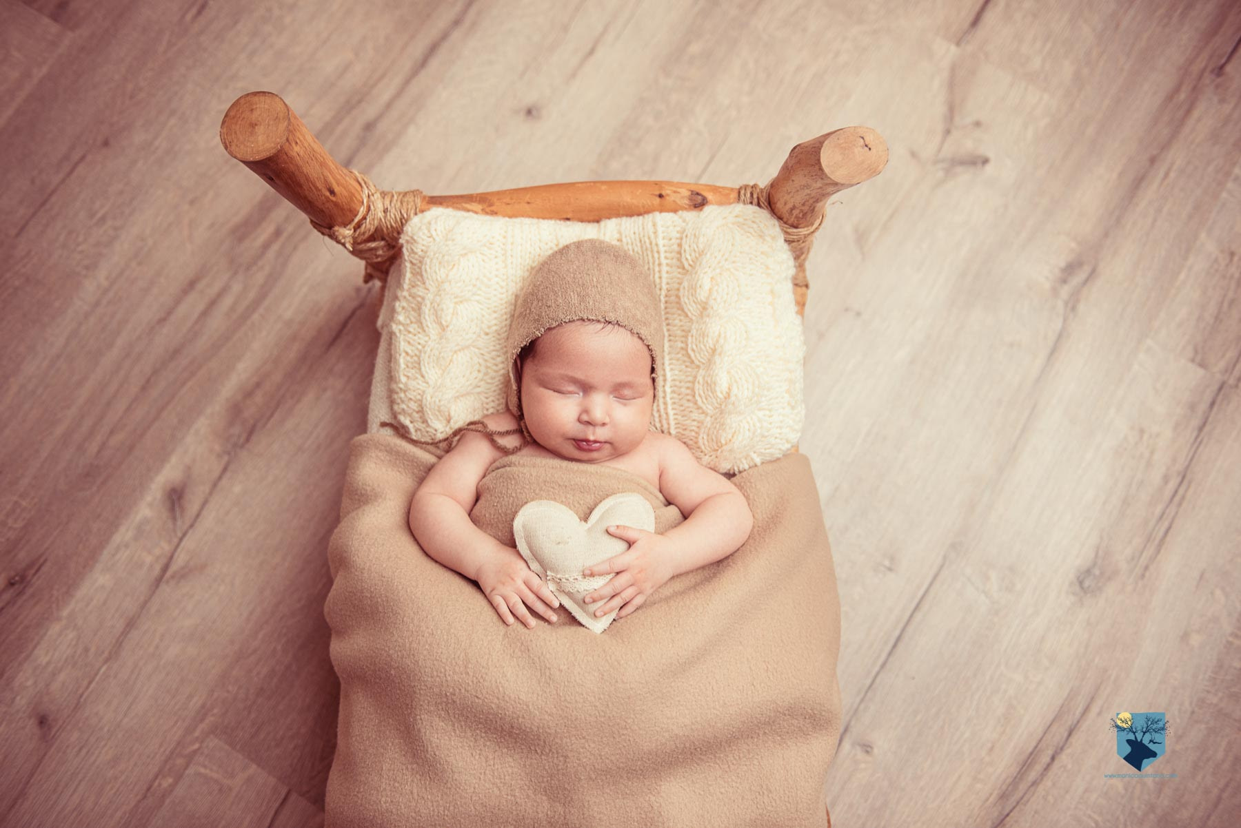 fotografia, fotos, girona, figueres, emporda, monica quintana, bebes, niños, familia, retrato, estudio, 1 mes , niña , girona , salt