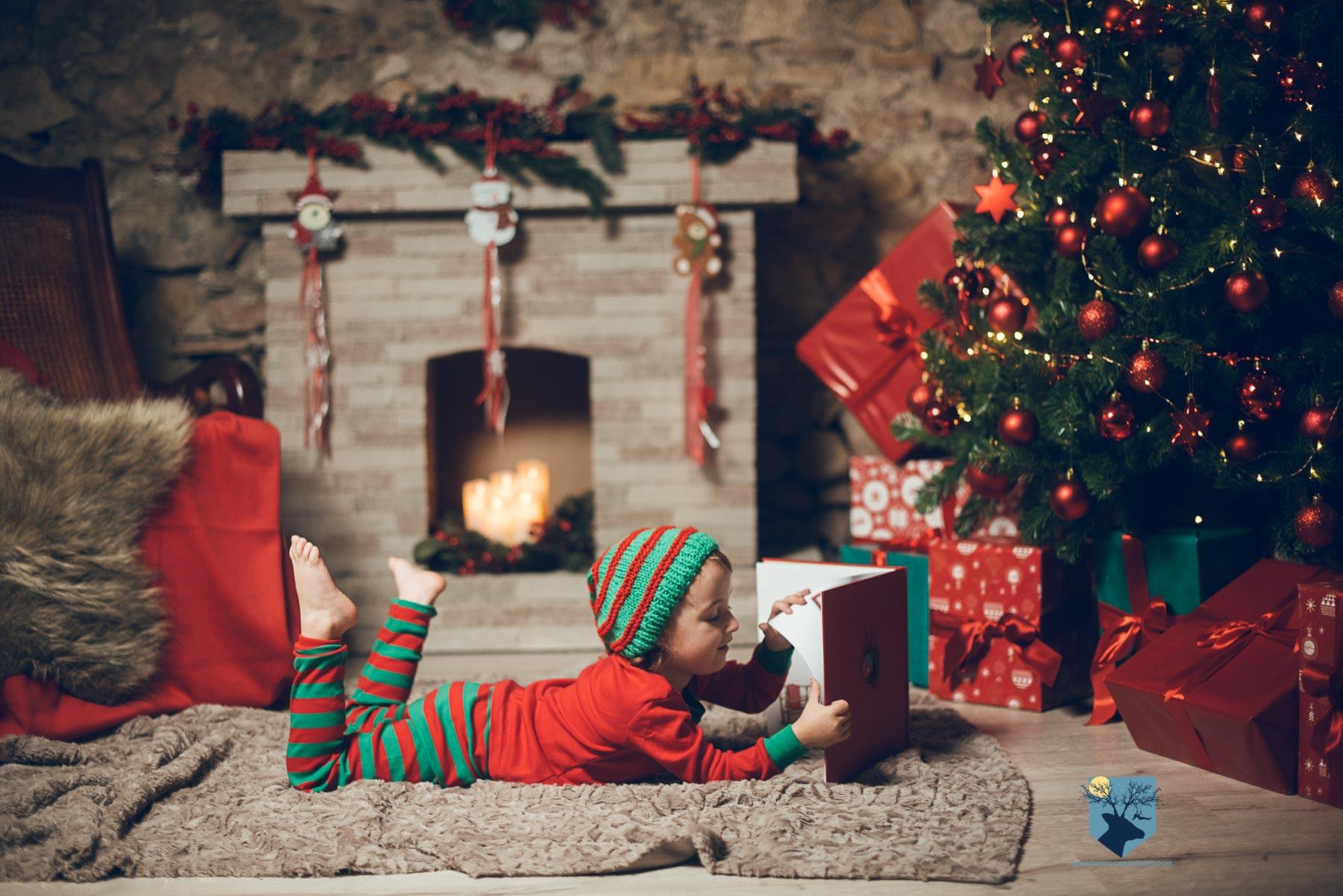 fotografia foto fotografa estudio estudi figueres girona familia nen nena niño niña navidad nadal postal - 1
